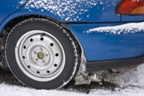 Při nepřezutí pneu může pojišťovna krátit plnění pojištění auta