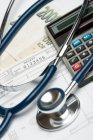 Jaké regulační poplatky aktuálně platíme ve zdravotnictví
