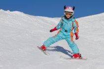Nezapomínejte při lyžování na helmu, pojišťovna by Vám nemusela proplatit bolestné